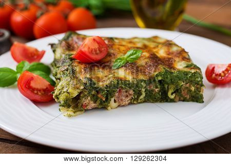 Cannelloni With Beef And Spinach Sauce