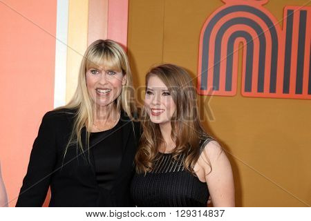 LOS ANGELES - MAY 10:  Terri Irwin, Bindi Irwin at the The Nice Guys Premiere at the TCL Chinese Theater IMAX on May 10, 2016 in Los Angeles, CA