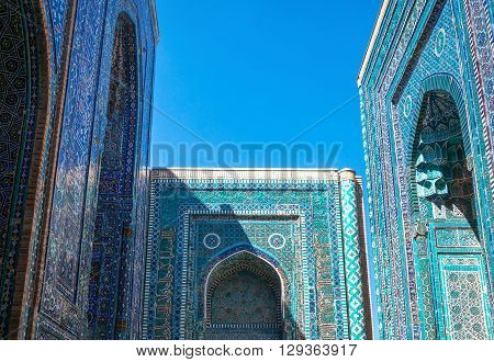 Uzbekistan, Samarkand, view of the Shakhi Zinda Ensemble