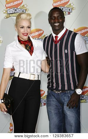 Gwen Stefani and Akon at the Nickelodeon's 20th Annual Kids' Choice Awards held at the Pauley Pavilion in Westwood, USA on March 31, 2007.