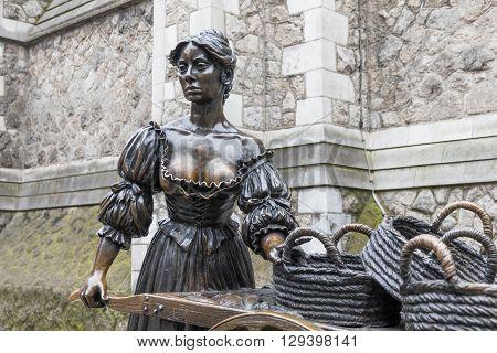 The Molly Malone statue in Dublin, Ireland