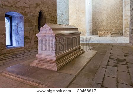 Crato, Portugal. February 26, 2015: Tomb of Dom Alvaro Goncalves Pereira in the nave of the church of the Flor da Rosa Gothic Monastery. Hospitaller Crusader Knight of the Malta Order.