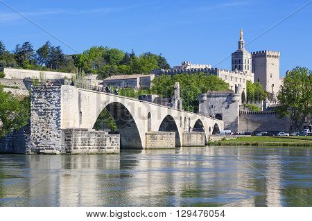 AVIGNON FRANCE APRIL 29 2016 : Avignon Bridge with Popes Palace Pont Saint-Benezet Provence France