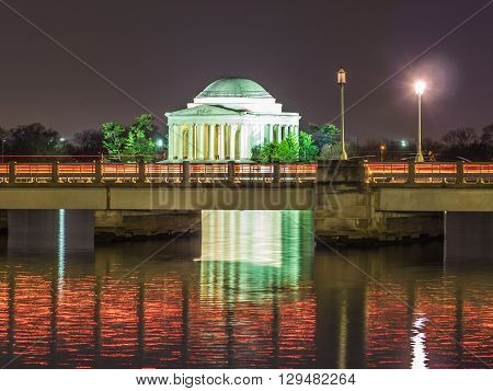 Night view over the Tidal Basin of the Jefferson Memorial