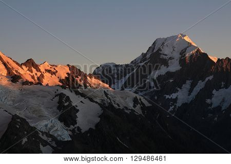Morning in the Southern Alps. Mount Cook at sunrise. View from the Sealy Tarns Track.