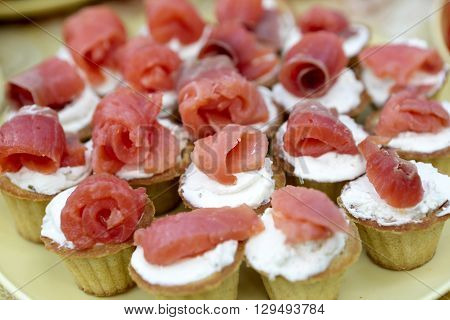 Tartlets With Cheese And Salmon