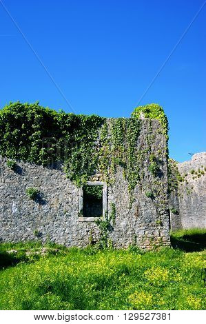 Officer's barracks in the fortress Shpanola (Montenegro, Herceg Novi)