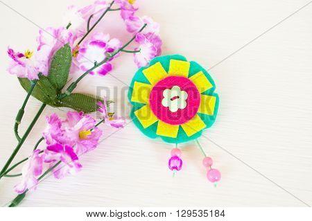 Felt brooch flower - how to make handmade brooch