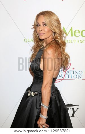 LOS ANGELES - MAY 12:  Faye Resnick at the Power Up Gala at the Beverly Wilshire Hotel on May 12, 2016 in Beverly Hills, CA