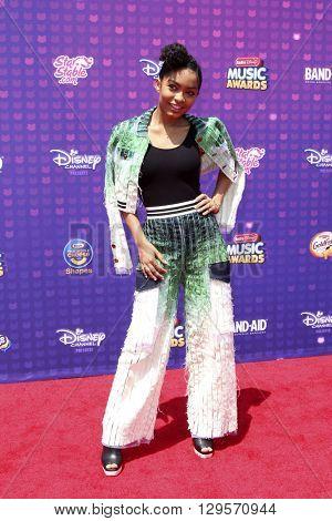 LOS ANGELES - APR 29:  Yara Shahidi at the 2016 Radio Disney Music Awards at the Microsoft Theater on April 29, 2016 in Los Angeles, CA