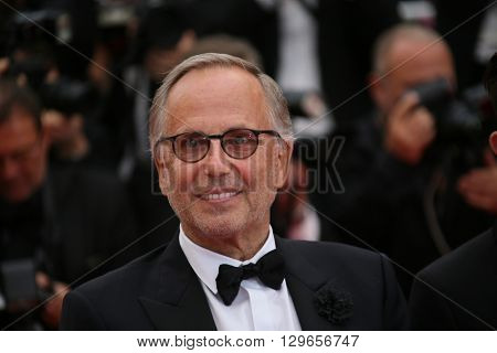 Fabrice Luchini attends the 'Slack Bay (Ma Loute)' premiere during the 69th annual Cannes Film Festival at the Palais des Festivals on May 13, 2016 in Cannes, France.