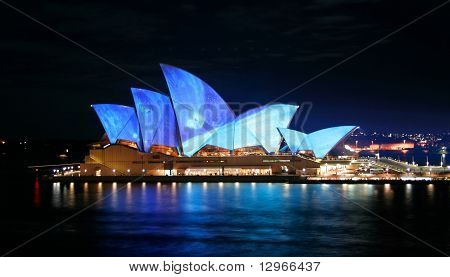 Sydeny Opera House, Blue Lights