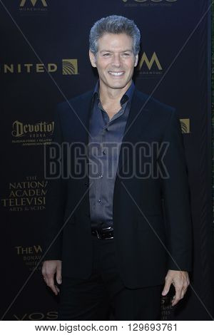 LOS ANGELES - APR 29: Kevin Spirtas at The 43rd Daytime Creative Arts Emmy Awards at the Westin Bonaventure Hotel on April 29, 2016 in Los Angeles, CA