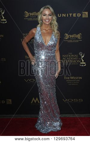 LOS ANGELES - APR 29: Rachel Reenstra at The 43rd Daytime Creative Arts Emmy Awards at the Westin Bonaventure Hotel on April 29, 2016 in Los Angeles, CA