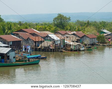 Koh Kong Cambodia - Mar 3 2015 : Khmer river village