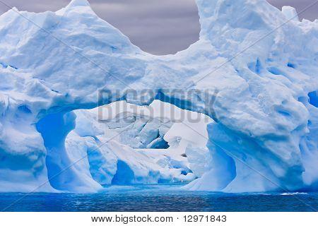 Large Antarctic Iceberg