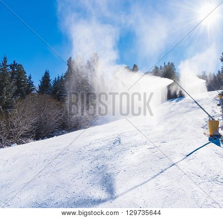 Machine Gun Snowmaking