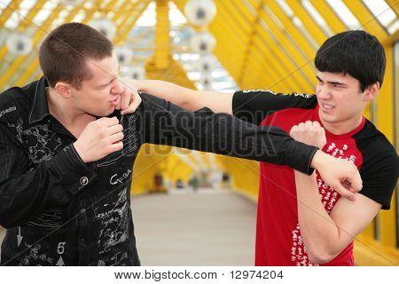 imitação de luta