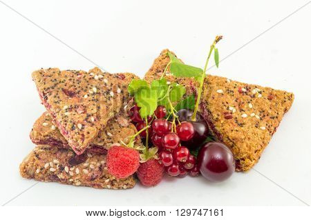 bunch of Integral biscuits with fresh berry fruit