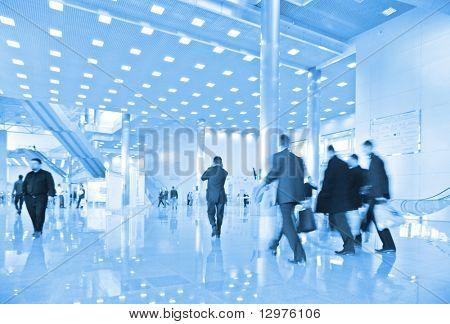 Menschen im Businesscenter