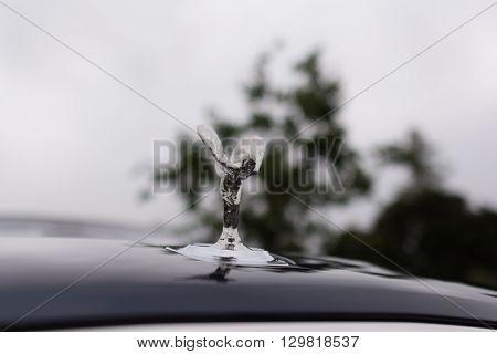 Rolls Royce Phantom Hood Spirit Of Ecstasy Ornament