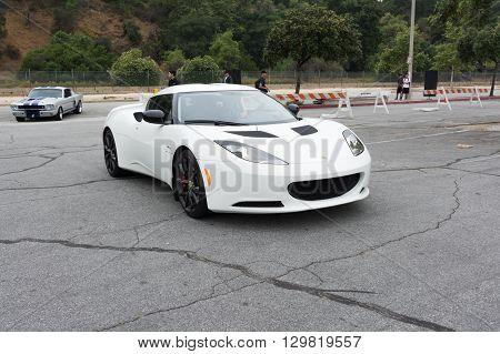 White Lotus Evora 400