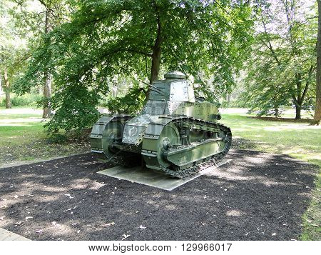 M1917 light tank. USA's first mass-produced tank.