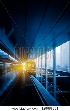 metro monorail arrival