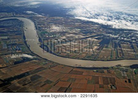 A Mississippi River Runs Thru It