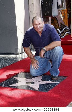 LOS ANGELES - AUG 30: Ed O'Neill at a ceremony where actor Ed O'Neill receives a star on the Hollywood Walk of Fame on August 30, 2011 in Los Angeles, California
