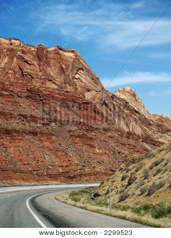Capitol Reef Road
