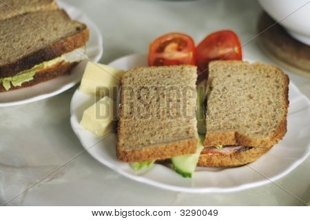 Wholemeal Salad Sandwich