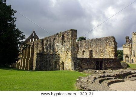 Ruins Of Battle Abbey