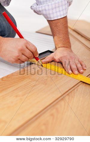 Measuring Laminate Flooring Planks