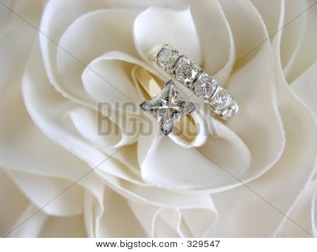 Wedding Rings Focus On Solitaire