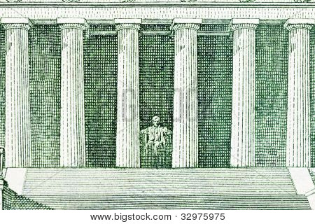 Lincoln Memorial depiction of the US Five Dollar Bill.