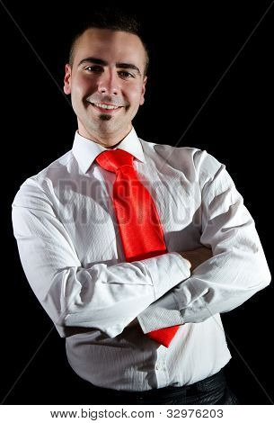 Lächelnd junger Geschäftsmann