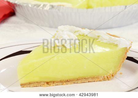 macro key lime pie