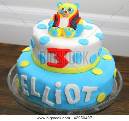 Birthday cake with fondant