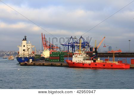 Commercial seaport with containers and cargo ships