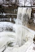 picture of f22  - Picture of Tews Falls on Logie creek taken with 10 - JPG