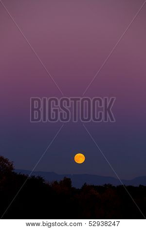 Moonrise In The Fall
