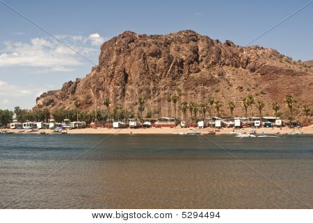 Colorado River Resort