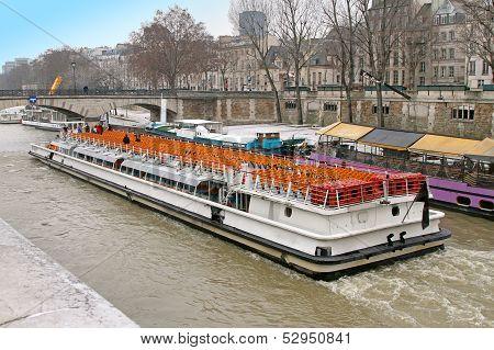 Paris Tour Boat
