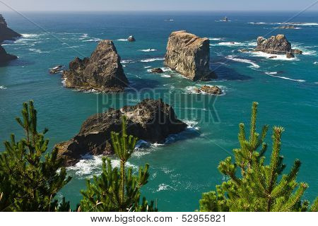 sea stacks along Oregon coast