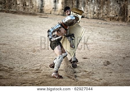 Secutor Gladiator Pushing