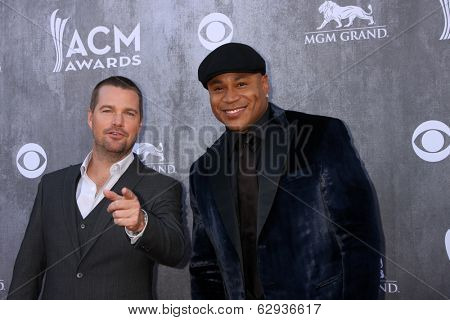 LAS VEGAS - APR 6:  Chris O'Donnell, LL Cool J at the 2014 Academy of Country Music Awards - Arrivals at MGM Grand Garden Arena on April 6, 2014 in Las Vegas, NV