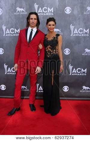 LAS VEGAS - APR 6:  Jake Owen, Lacey Owen at the 2014 Academy of Country Music Awards - Arrivals at MGM Grand Garden Arena on April 6, 2014 in Las Vegas, NV