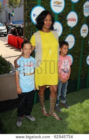 LOS ANGELES - APR 5:  Garcelle Beauvais, sons at the Safe Kids Day Los Angeles 2014 at The Lot on April 5, 2014 in Wesst Hollywood, CA