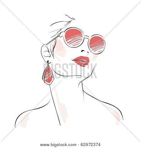 Expressive woman portrait with sunglasses